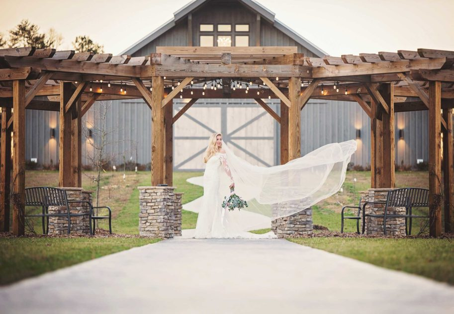 Barn wedding venue near chattanooga, tennessee