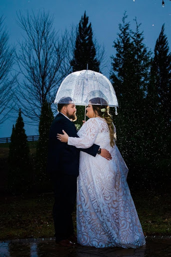 What to do if it rains on your wedding day? Take some moody portraits!